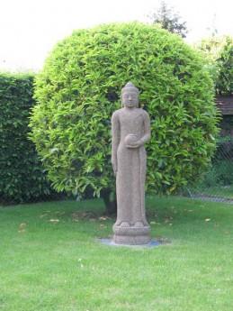 magnifique pièce de Bouddha en pierre de lave